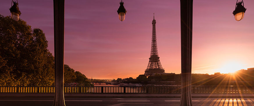 Sunset image of the Eiffel Tower